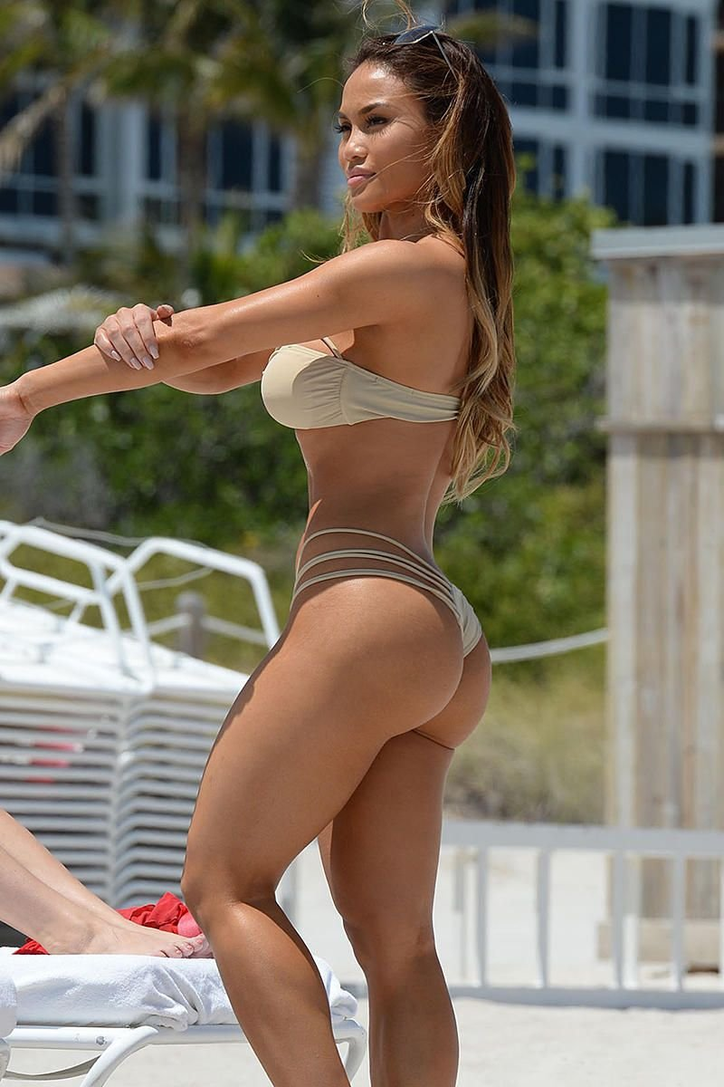 daphne joy ass