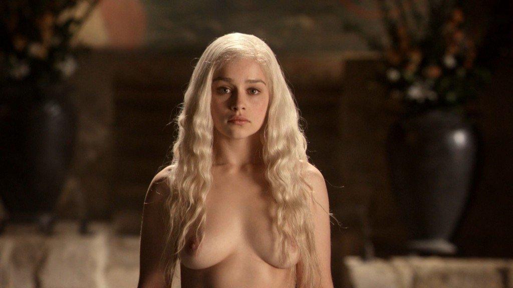 Emilia Clarke Nude 12