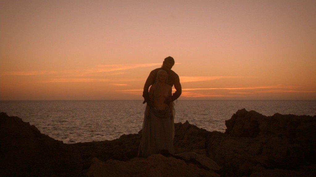 Emilia Clarke Nude 17