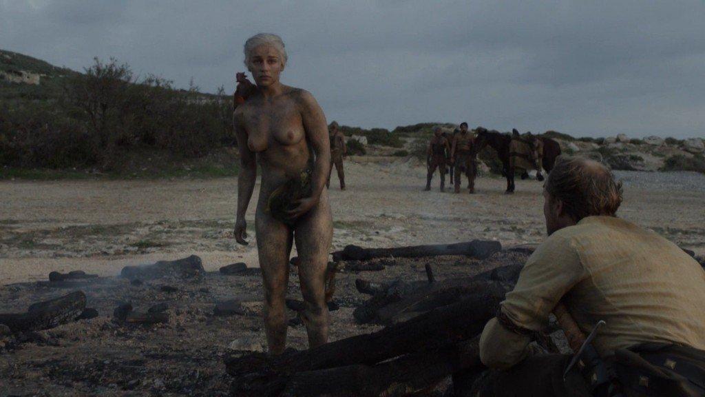Emilia Clarke Nude 25