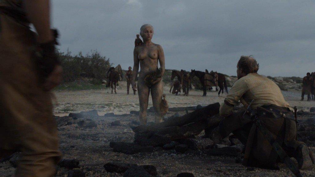 Emilia Clarke Nude 26