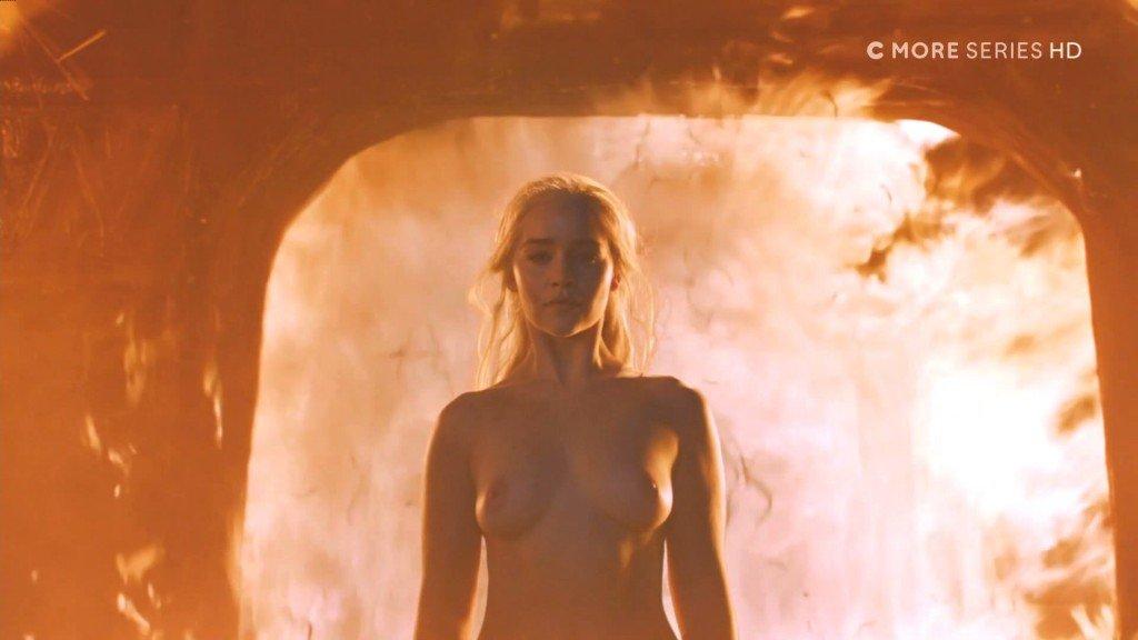 Emilia Clarke Nude 3