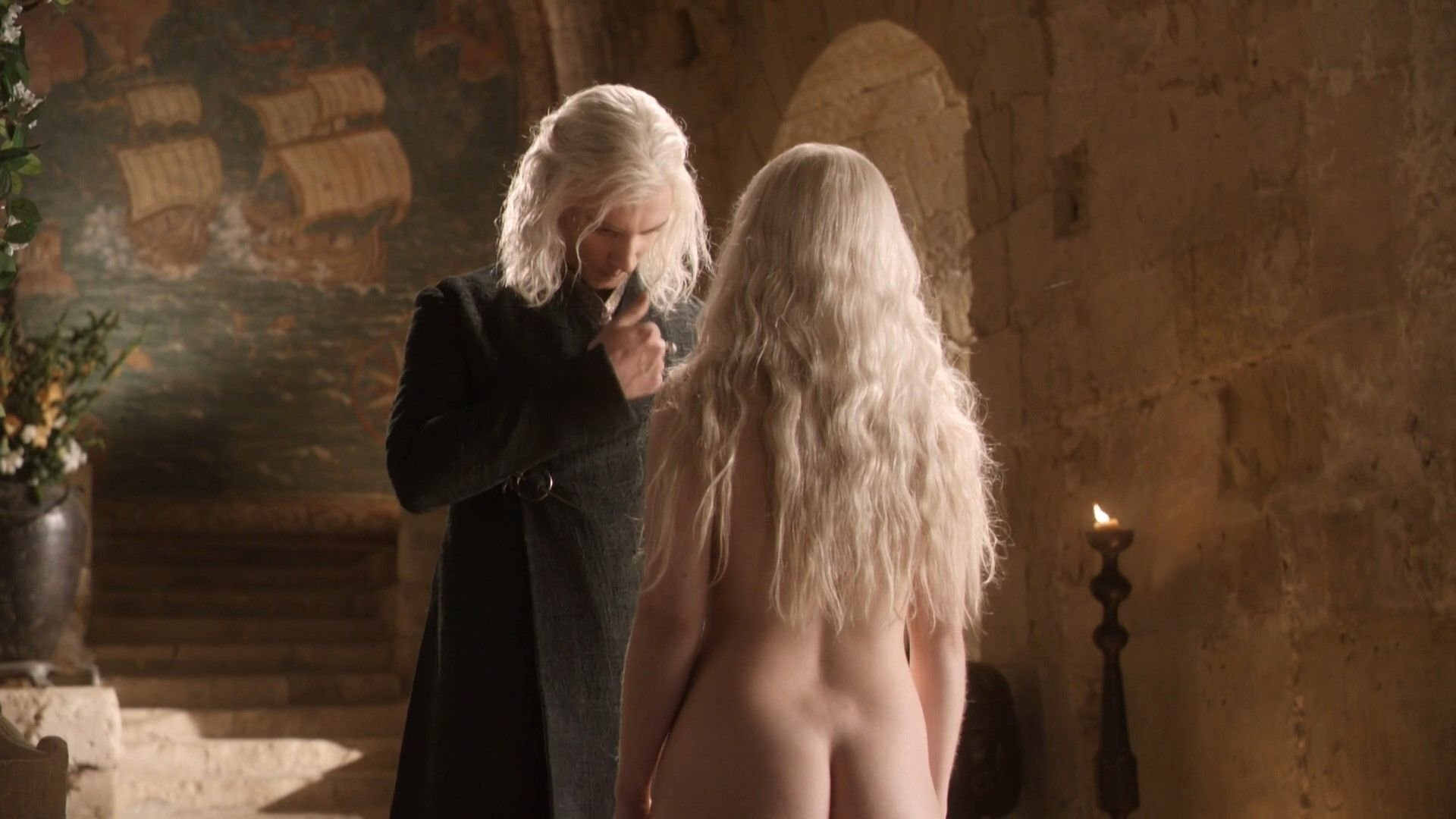 Emilia clarke stripped exposing her breasts 10