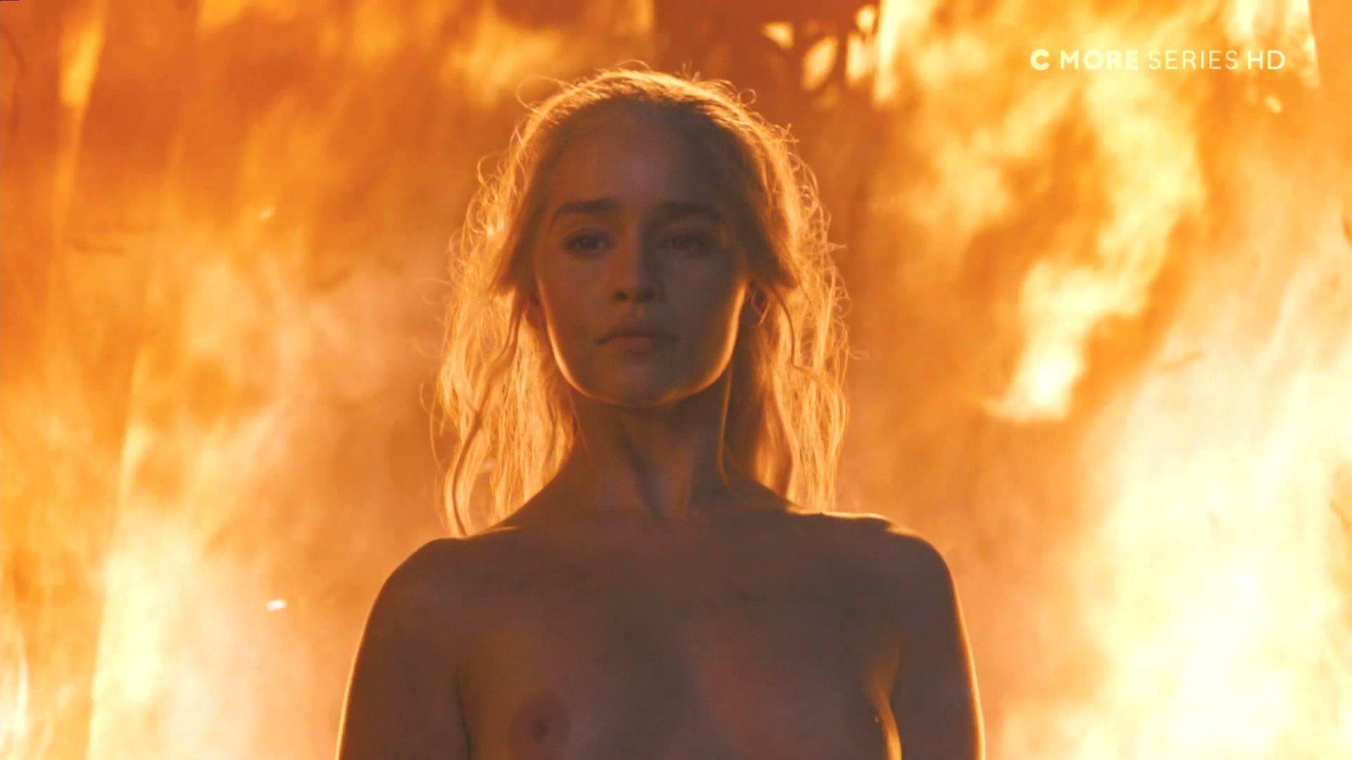 Emilia Clarke Nude Hd