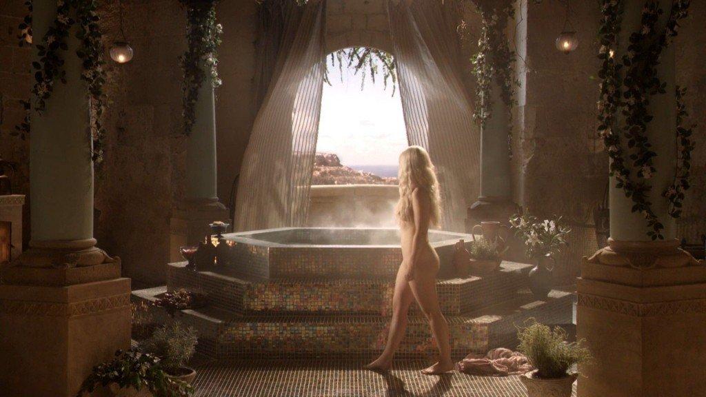 Emilia Clarke Nude 7
