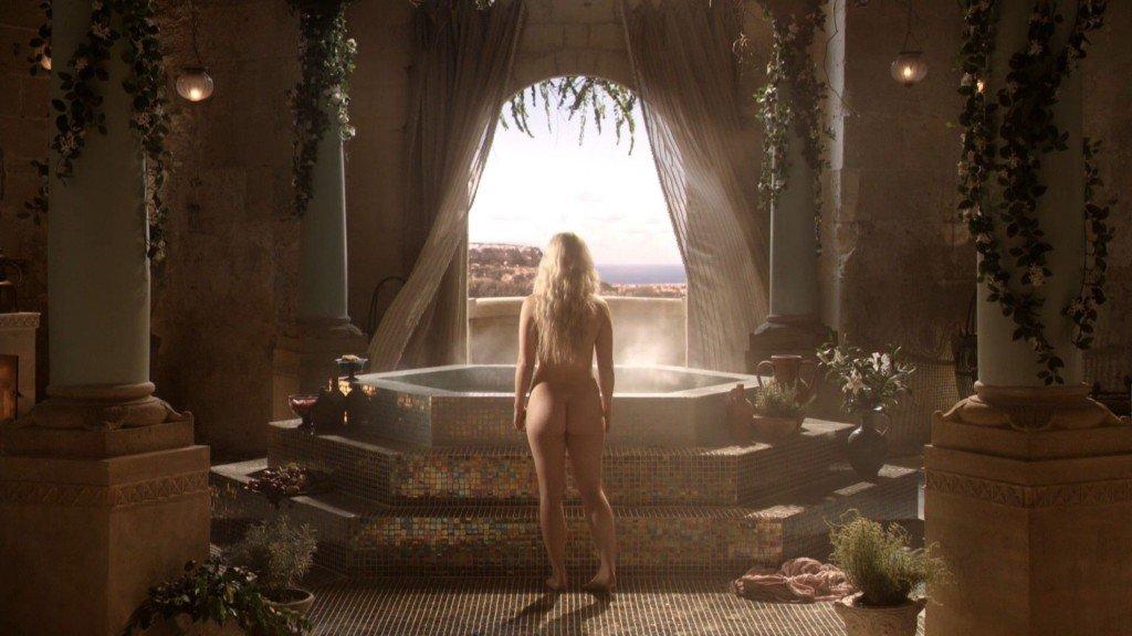 Emilia Clarke Nude 8