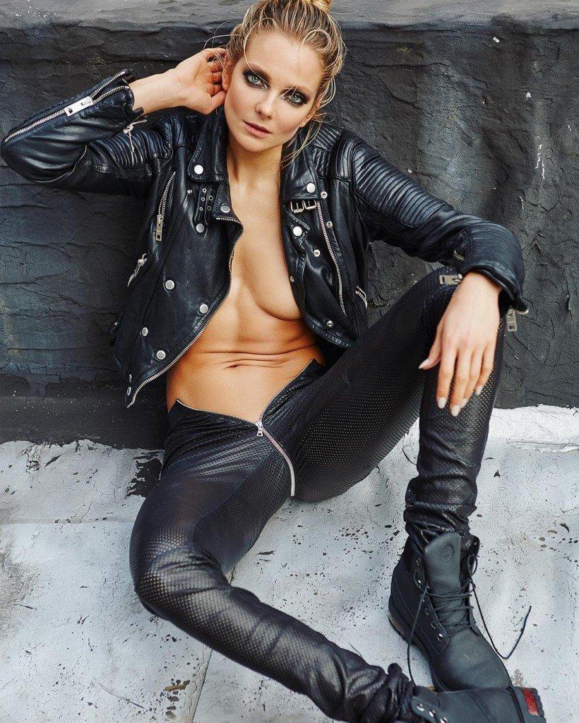 Eniko Mihalik Sexy 2