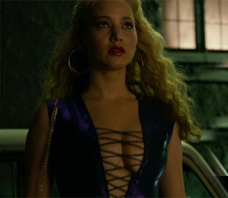 Jennifer Lawrence Braless 1