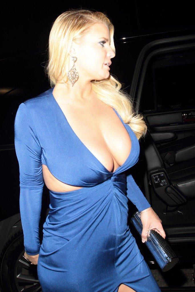 Jessica Simpson Sexy (15 Photos)