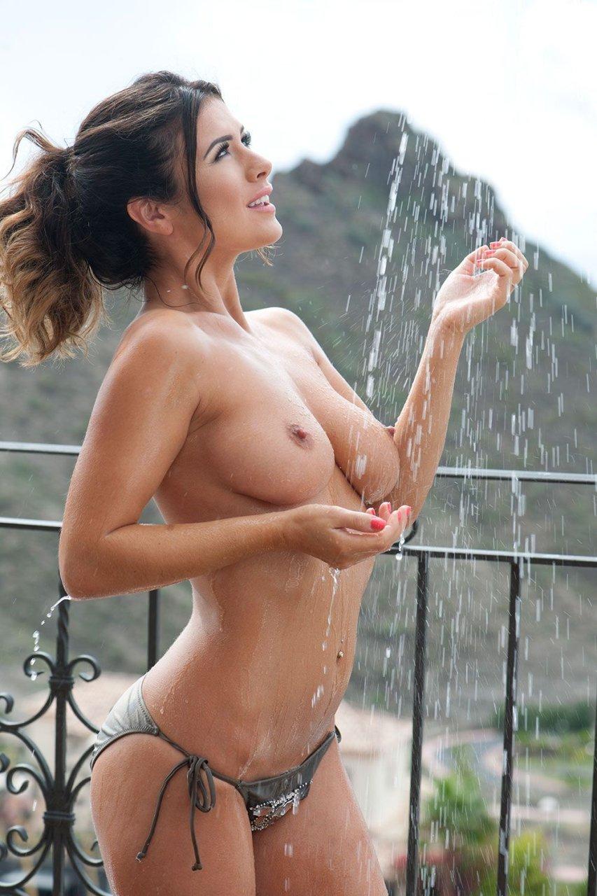 Masturbation shower heads