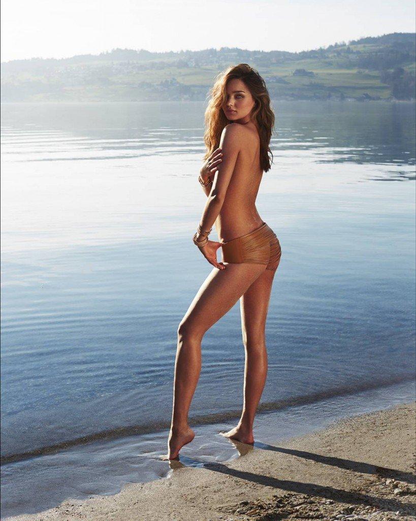 Miranda Kerr Topless (2 Photos)