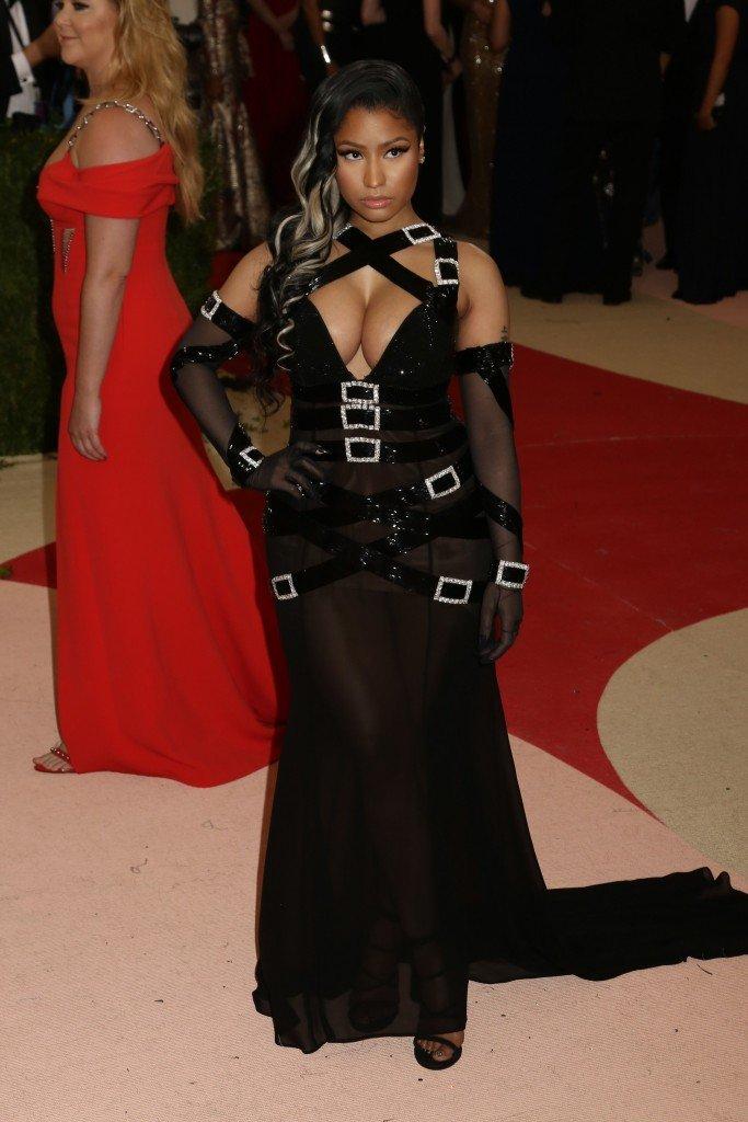 Nicki Minaj Sexy (14 Photos)