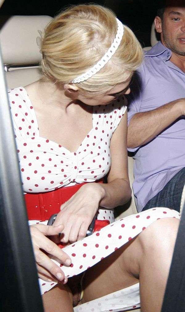 Paris Hilton Upskirt (3 Photos)