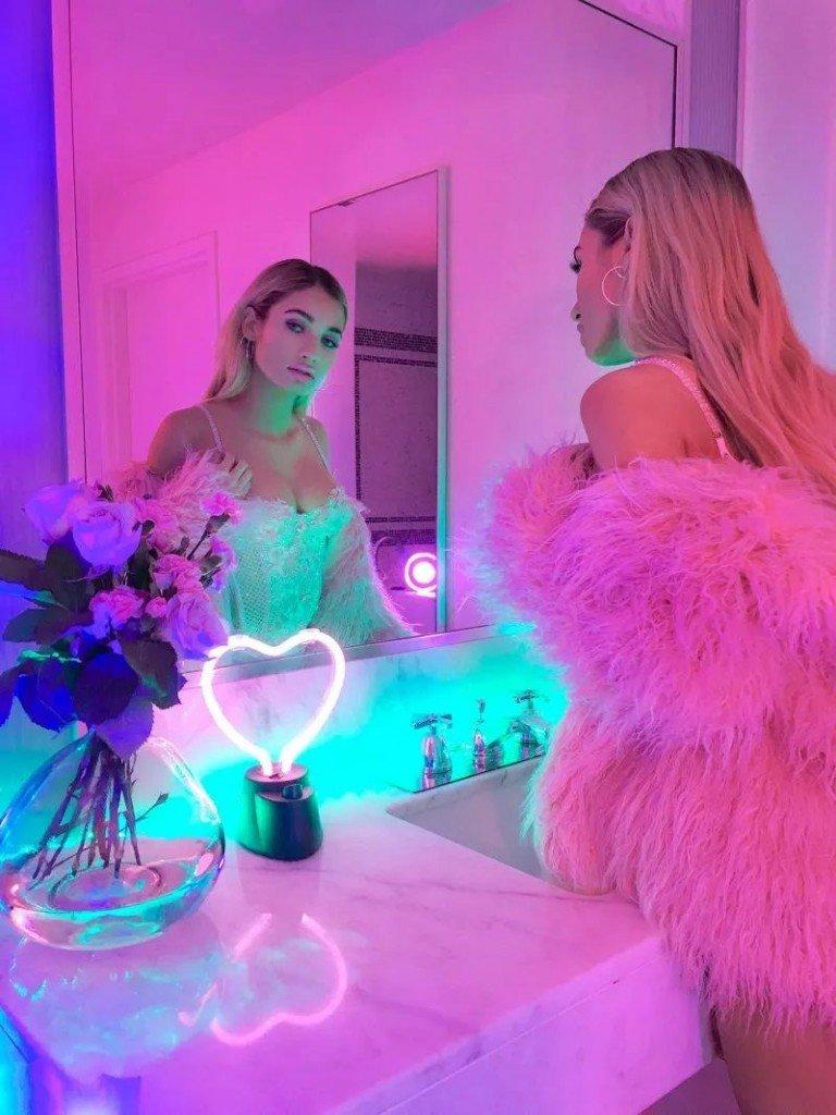 Pia Mia Perez Sexy (6 New Photos)