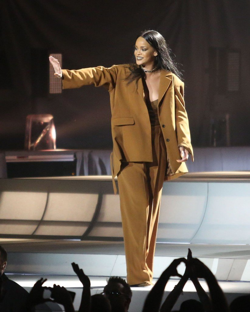 Rihanna See Through Sexy 4