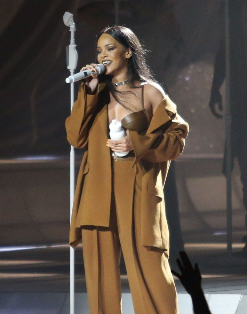 Rihanna See Through Sexy 5