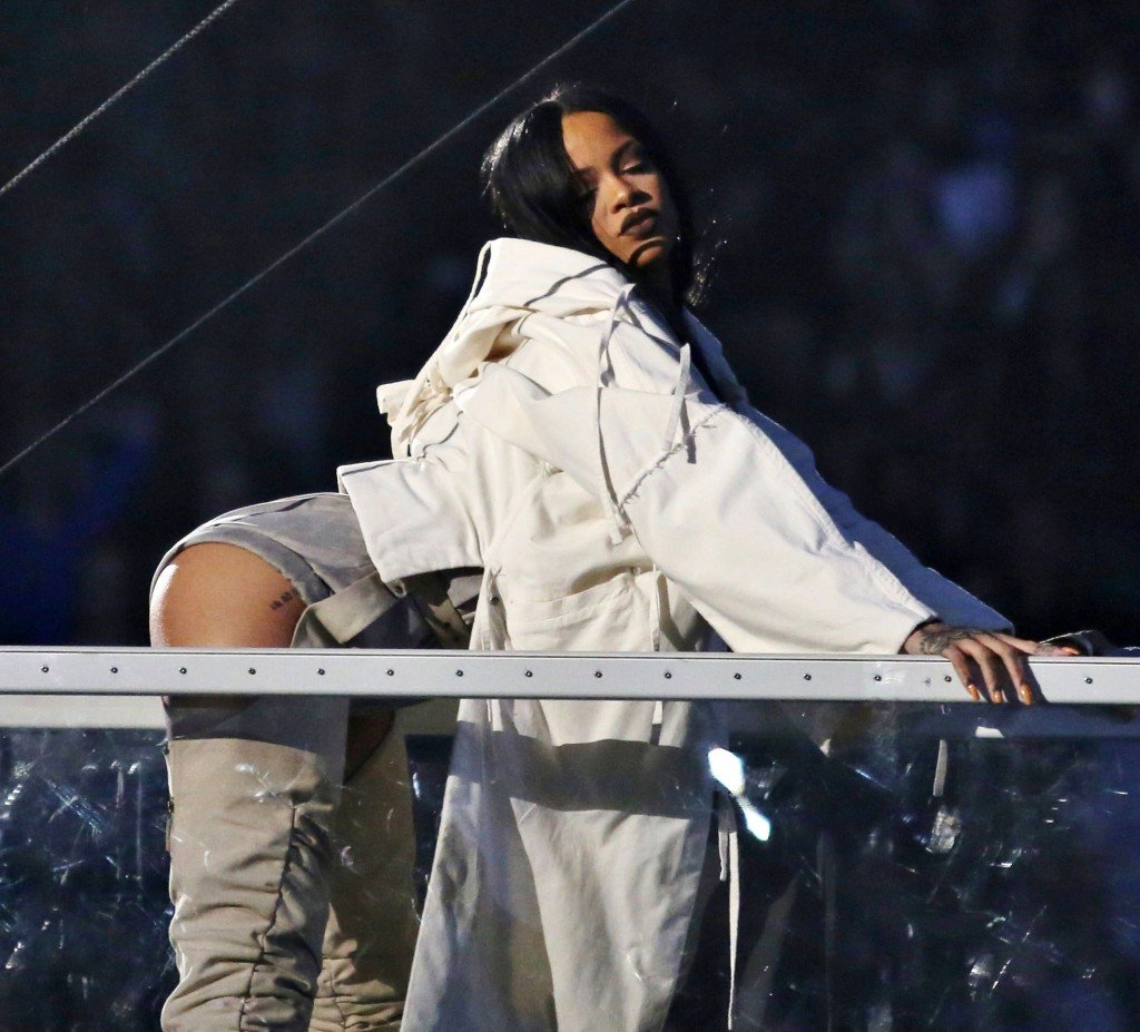 Rihanna See Through Sexy 6