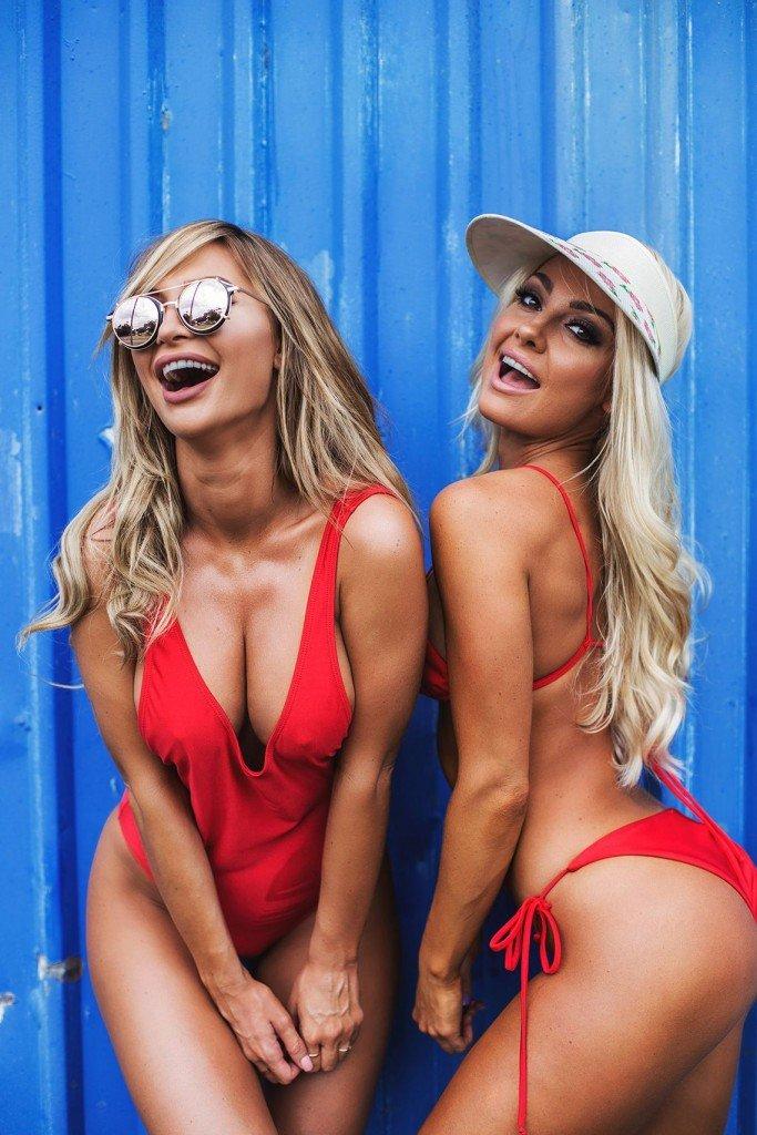 Rosanna Arkle & Brooke Evers Sexy (11 Photos)