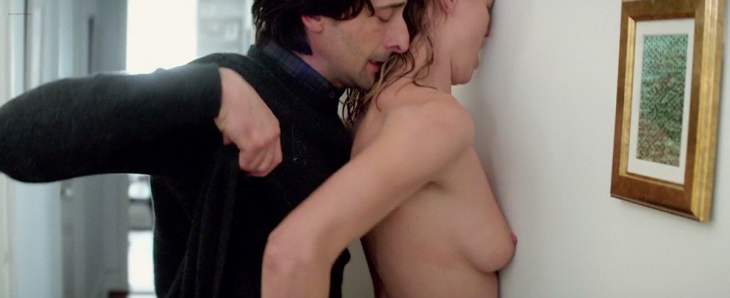 Yvonne Strahovski Nude Naked 61