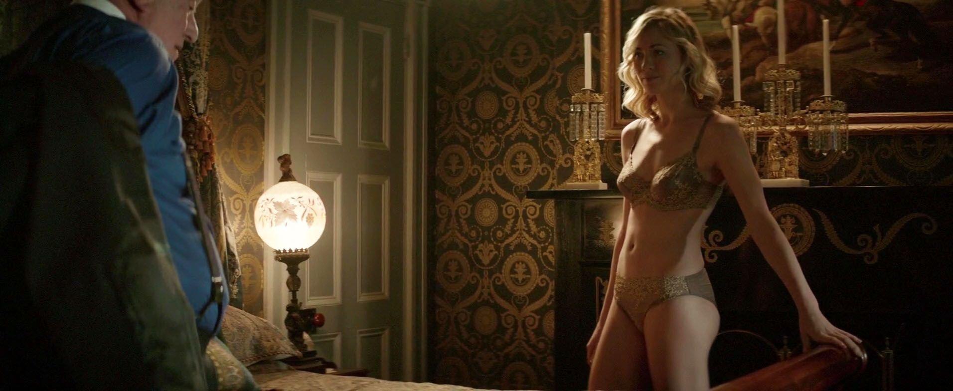 Yvonne Strahovski And Nude 86