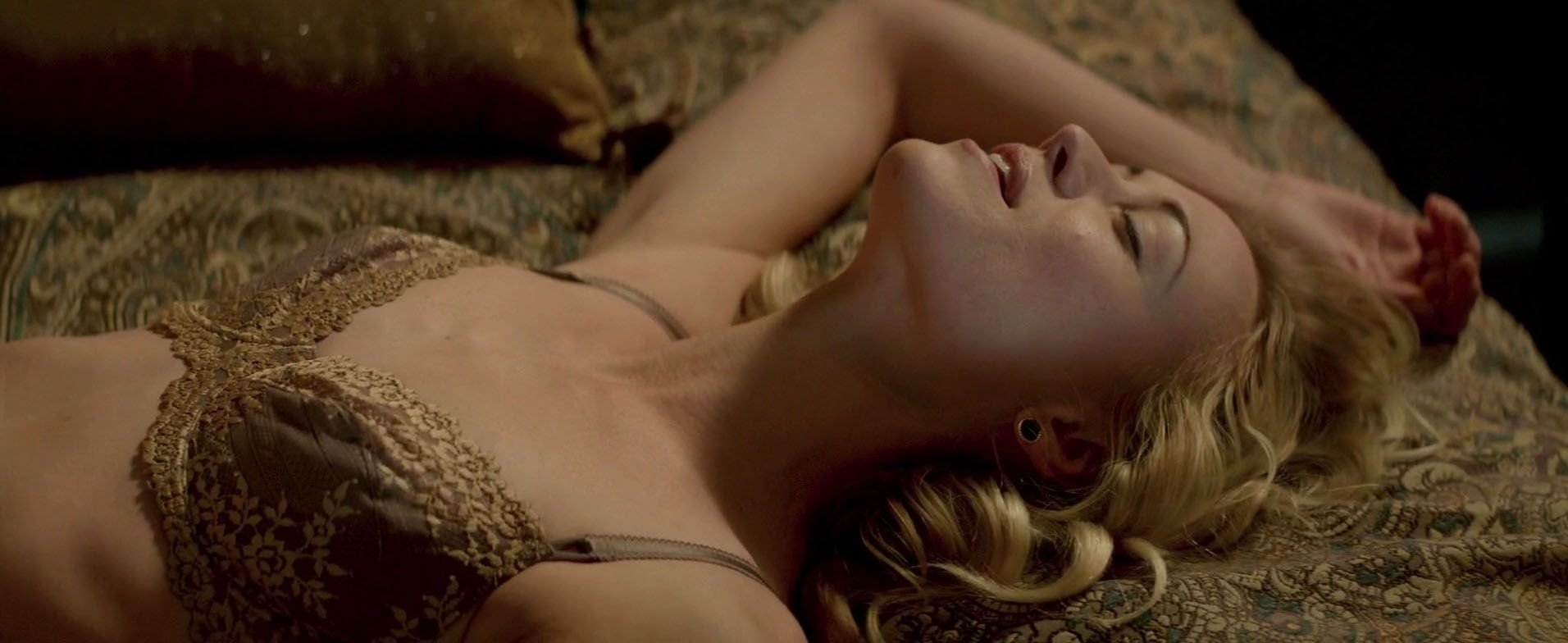 Yvonne strahovski nude manhattan night 2 7