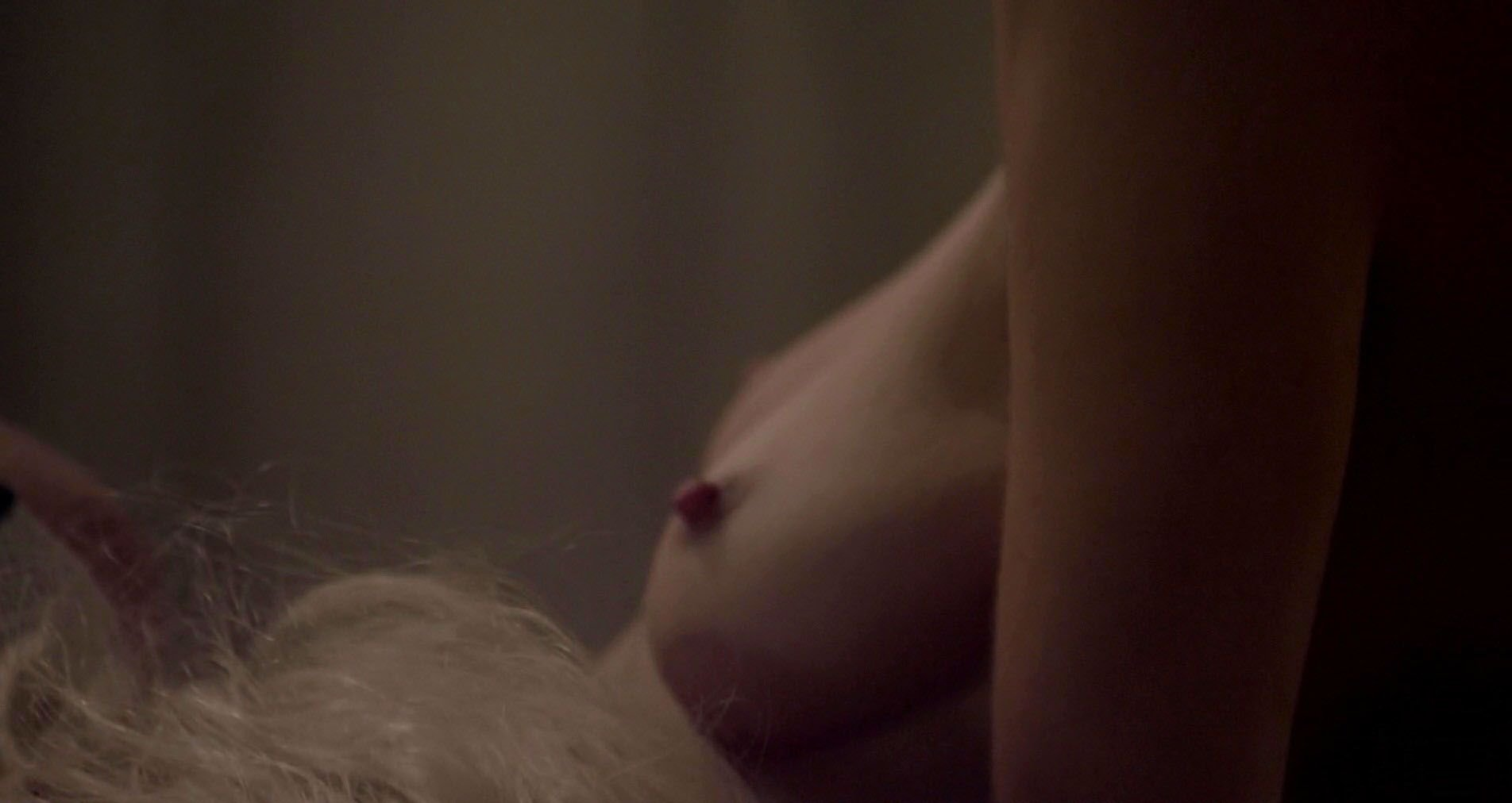 evigan nude