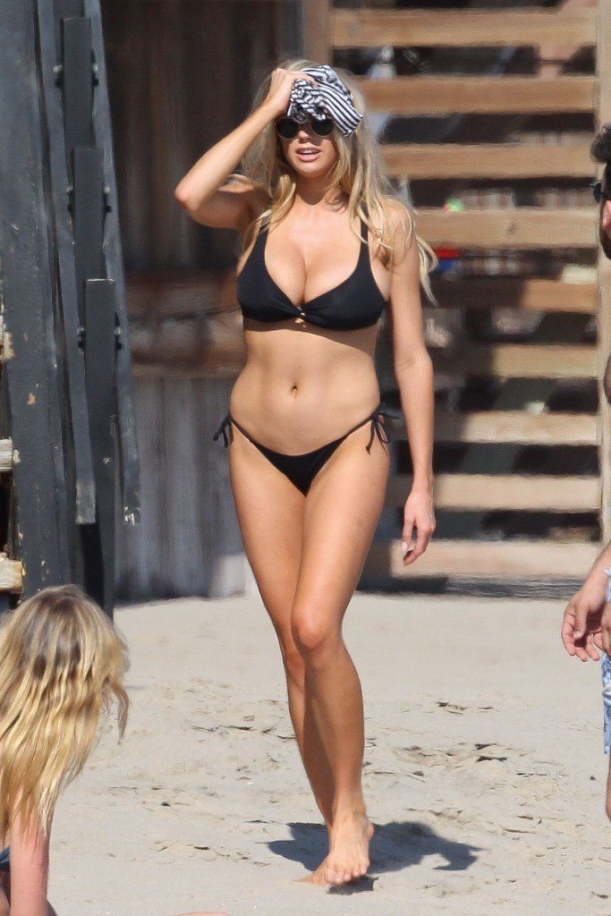 Charlotte McKinney Sexy 111