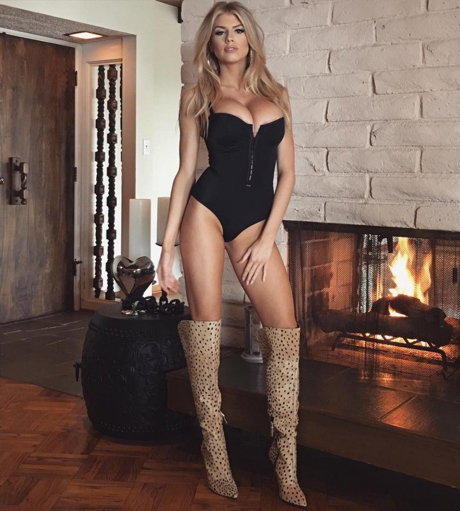 Charlotte McKinney Sexy 4
