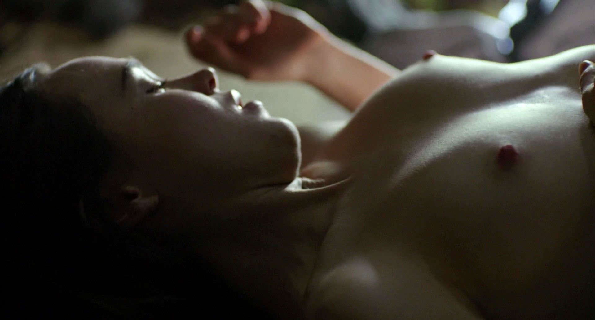 Ellen page topless sex scene in tallulah