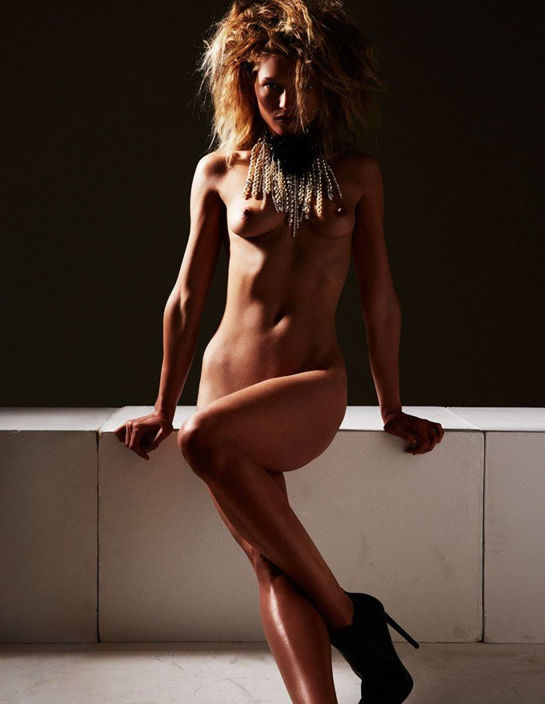 Hana Jirickova Topless & Sexy 12