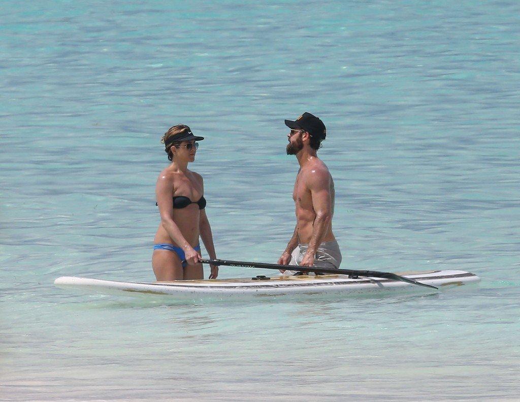 Jennifer Aniston in a Bikini (47 Photos)