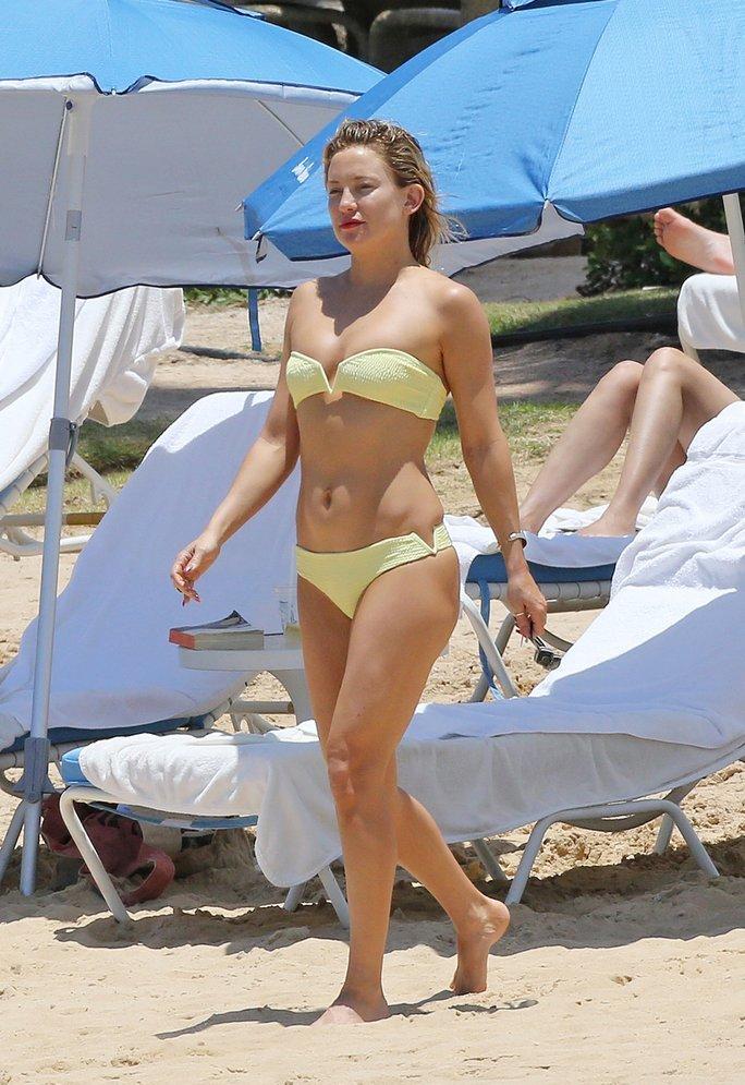 Kate Hudson Sexy (5 Photos)