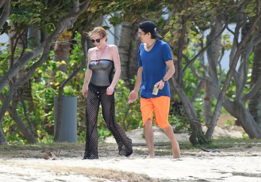 Lindsay Lohan Pokies (10 Photos)