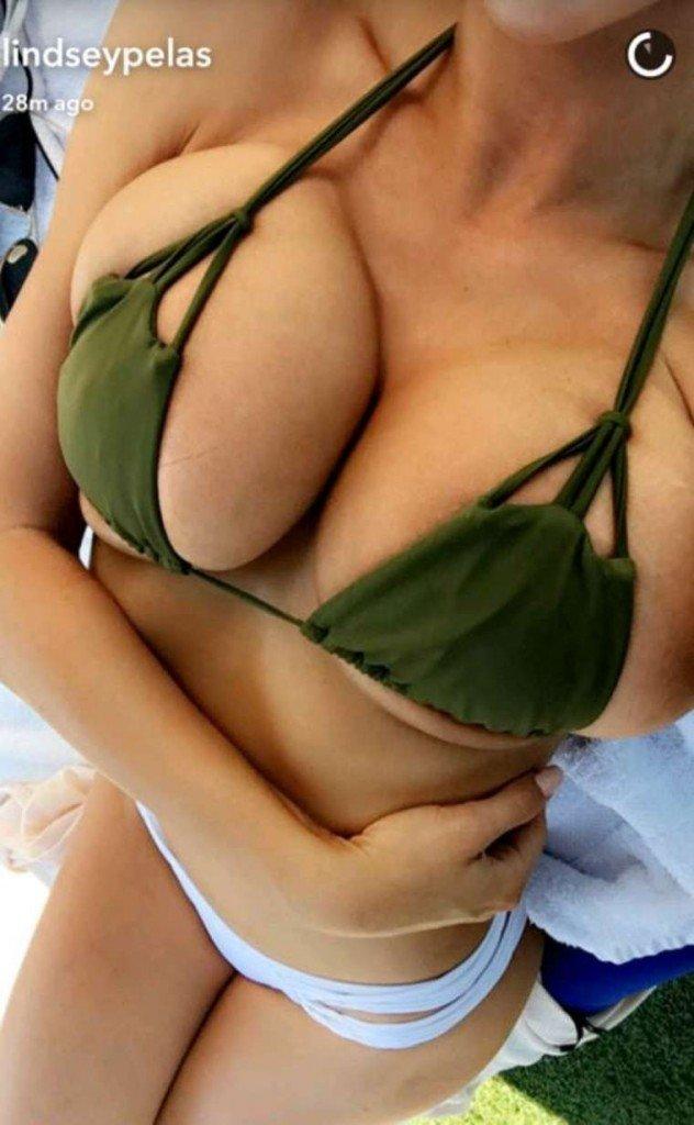 Lindsey Pelas Sexy (6 Photos)