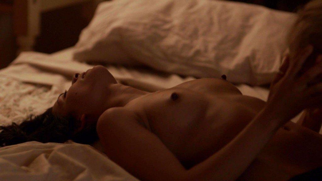 Mandahla Rose, Julia Billington Nude – All About E (2015) HD 1080p