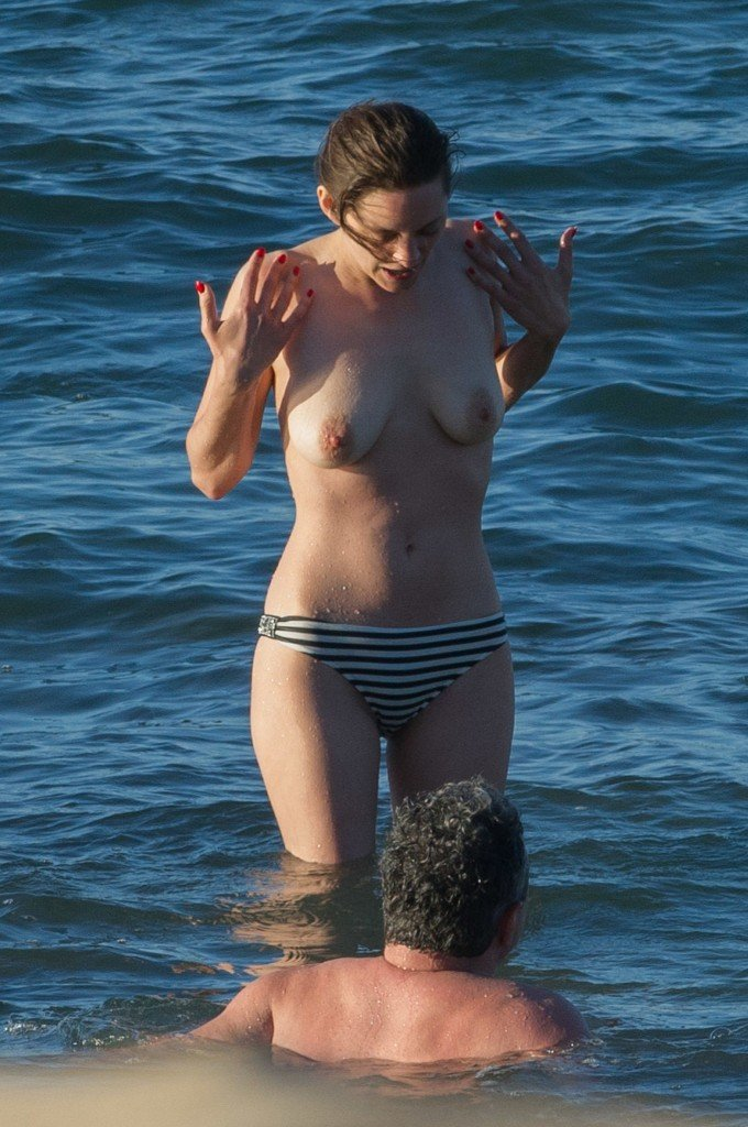 Marion Cotillard Topless 1