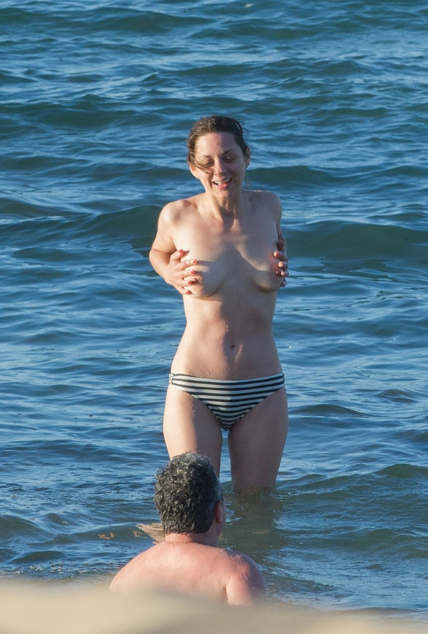 from Jude marion cotillard naked pussy image