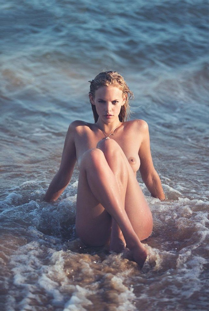 Marloes Horst Nude & Sexy 3