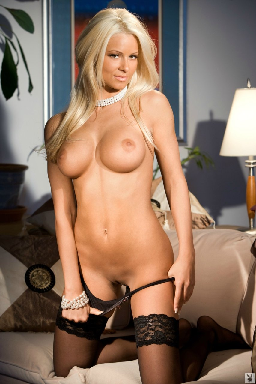 nudes of wwe diva maryse