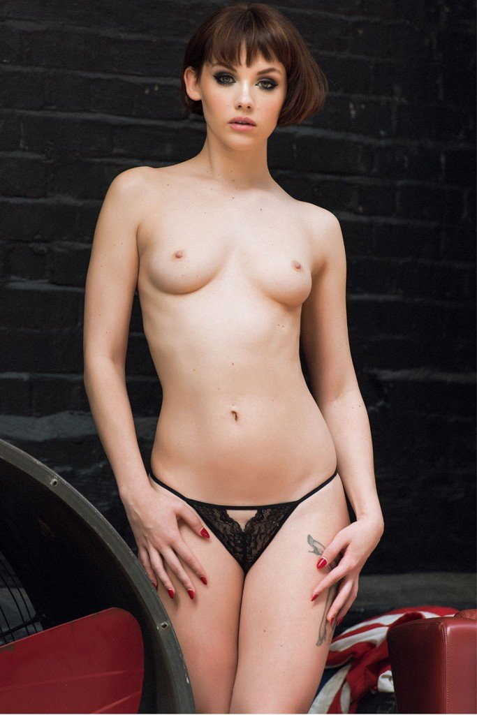 Mellisa Clarke Sexy and Topless 1
