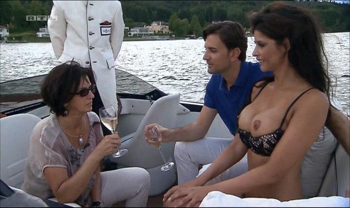 Schäfer boobs micaela Micaela Schaefer