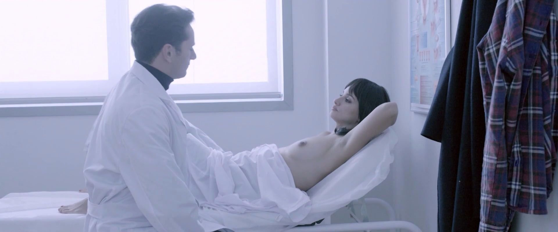 cruz movies Penelope naked