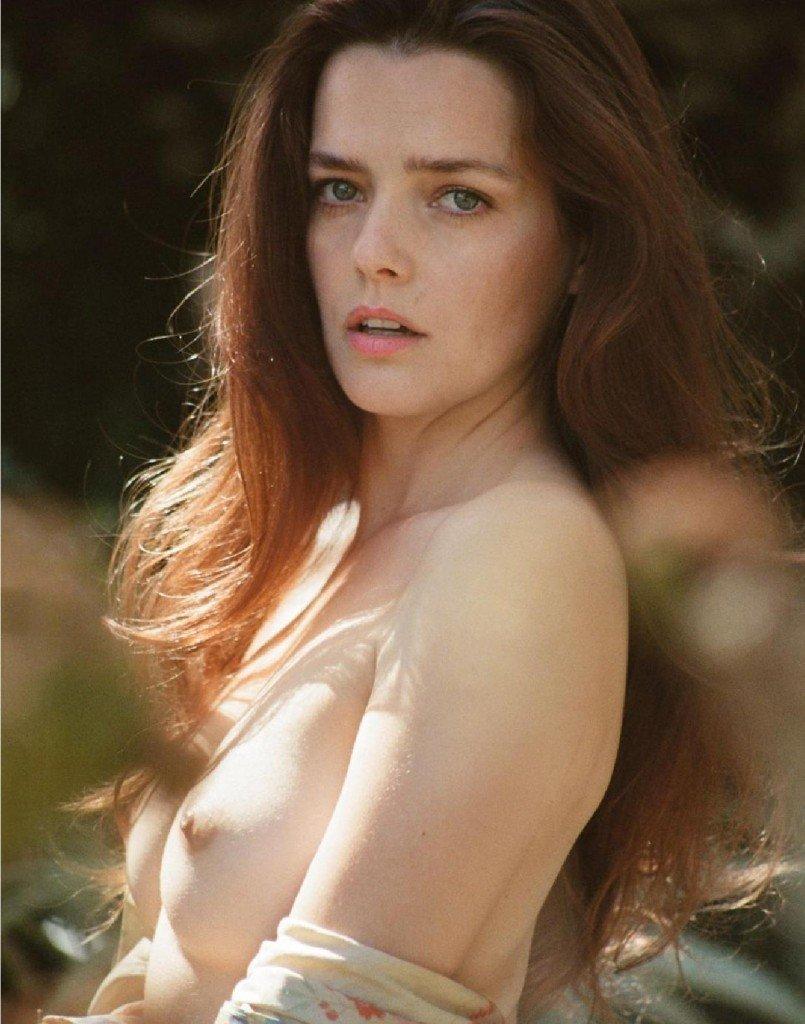 Roxane Mesquida Nude 6