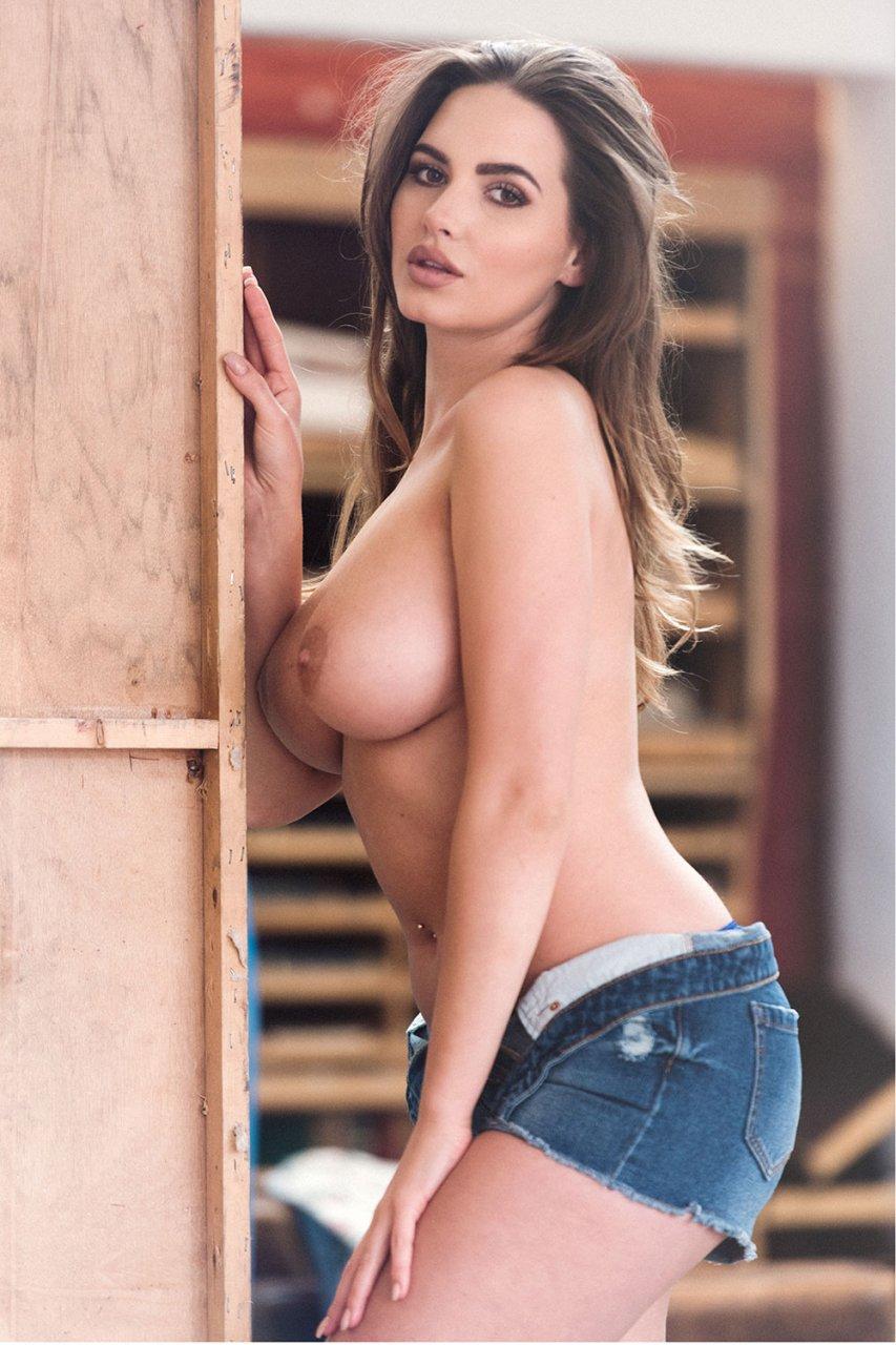 Celebrity Janova Nude Model Images