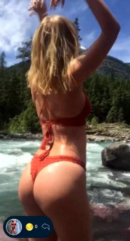 Sara Jean Underwood Sexy 3