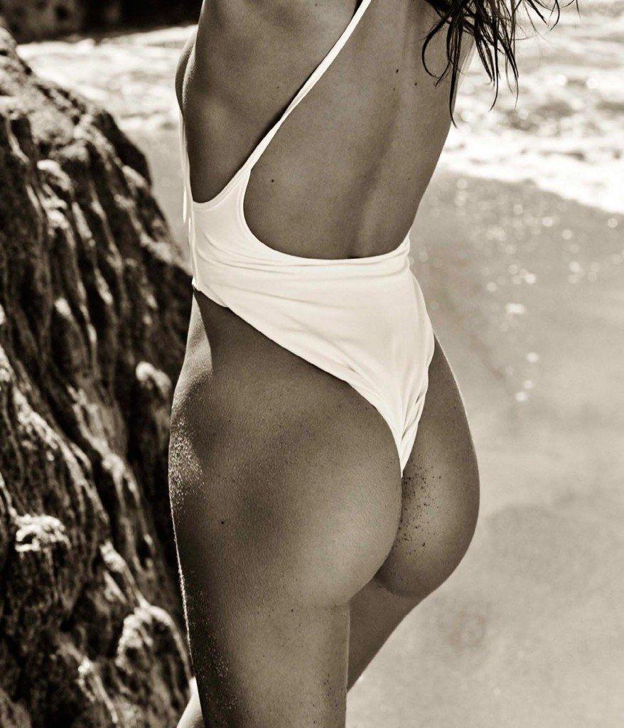 Sara Sampaio Nude & Sexy (11 Photos)