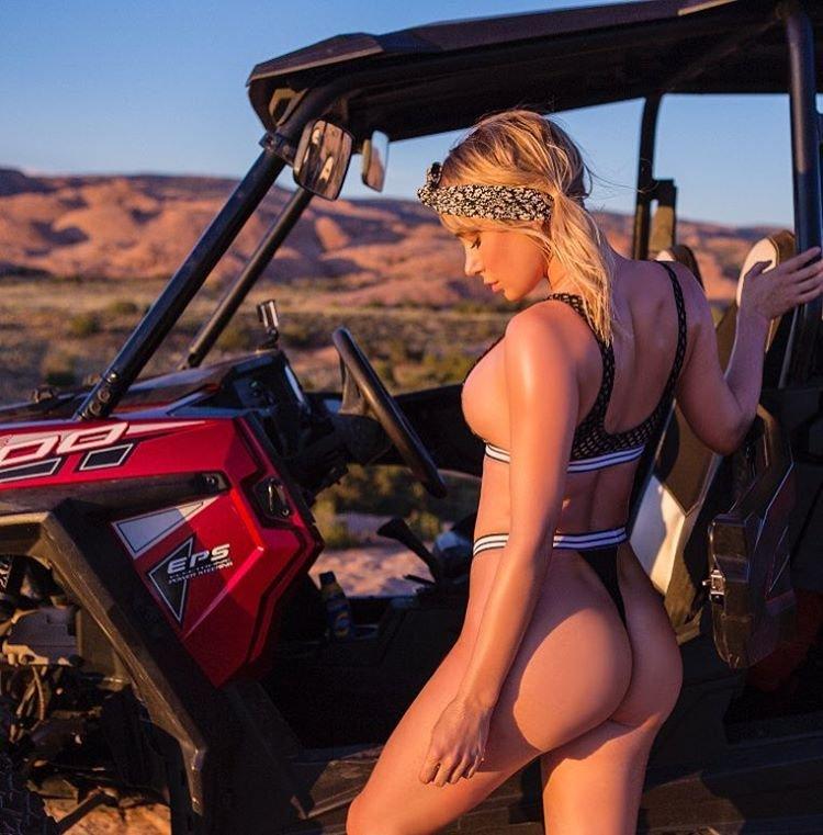 Sara Underwood Nude & Sexy (14 Photos + 4 Videos)