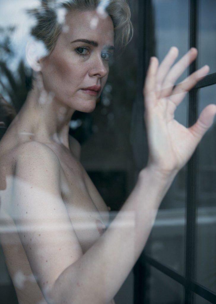 Sarah Paulson Sexy & Topless (30 Photos)