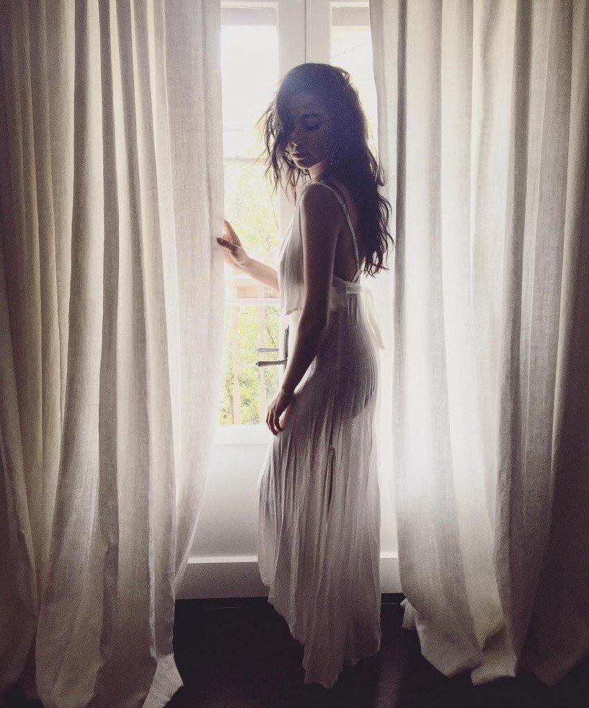 Shay Mitchell See Through (1 Photo)