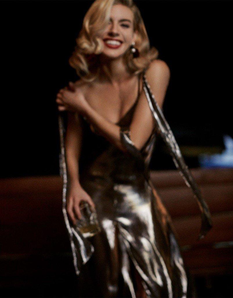 Sienna Miller Sexy & Topless 14